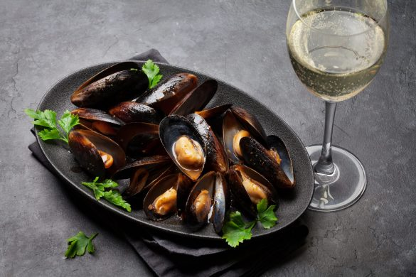 Delicious mussels ath the best restaurant on Armona Island